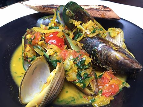 mussels clams boulcott street bistro dish lunch